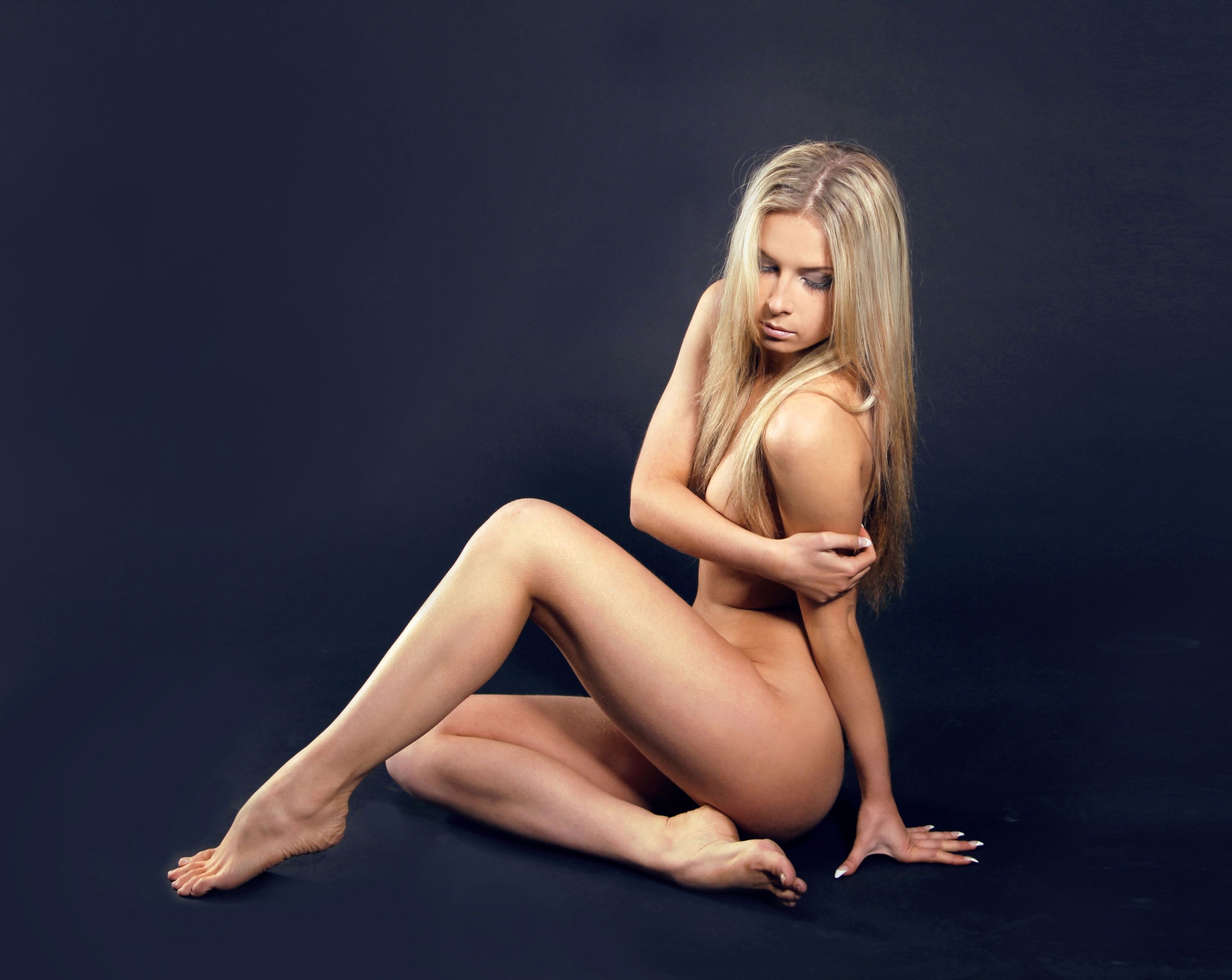 naked sexy girls everywhere