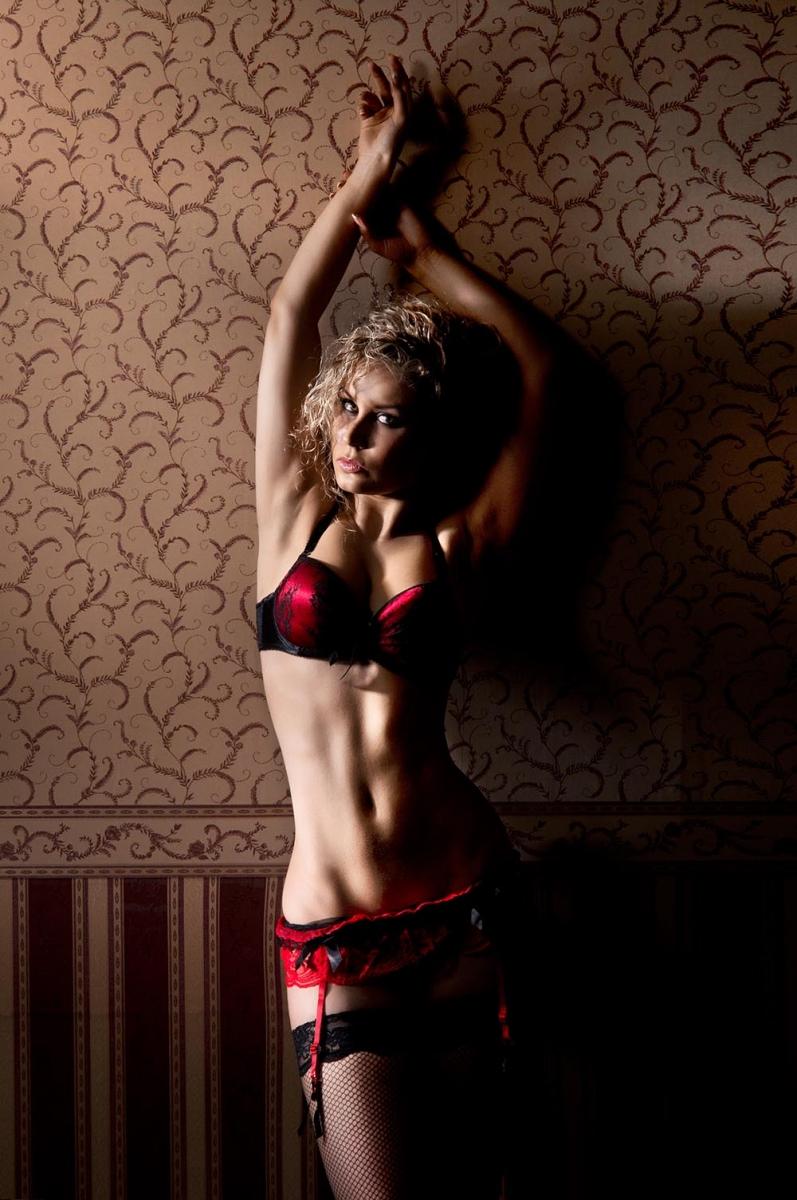 eroticheskiy-massazh-video-bele